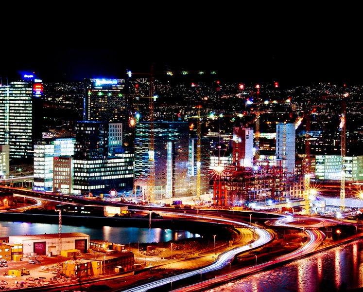 Oslo - Barcode by night